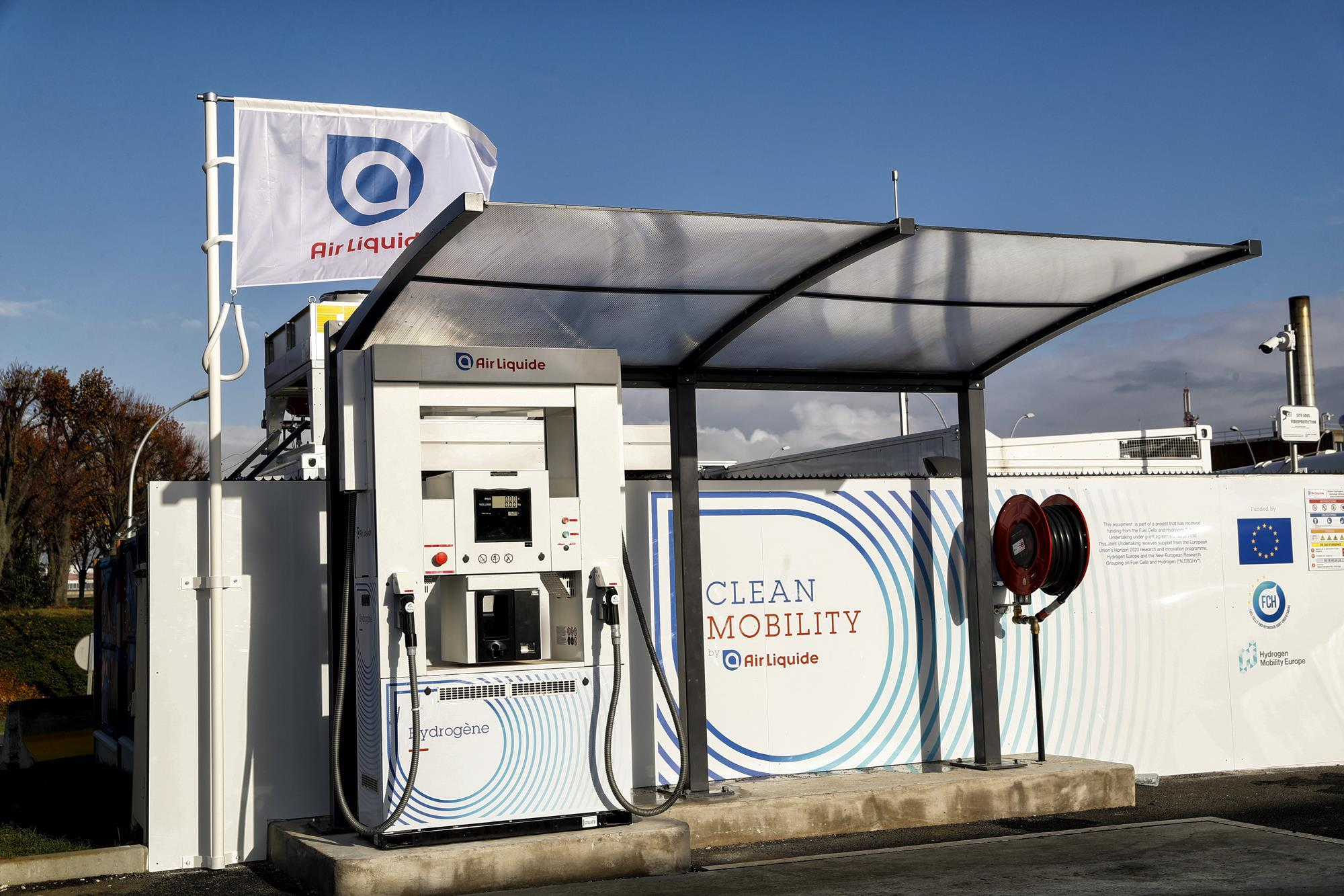 air liquide and groupe adp open first hydrogen station at paris orly airport news gasworld. Black Bedroom Furniture Sets. Home Design Ideas