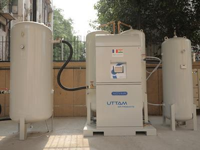 Uttam airlifts and installs oxygen plants in India