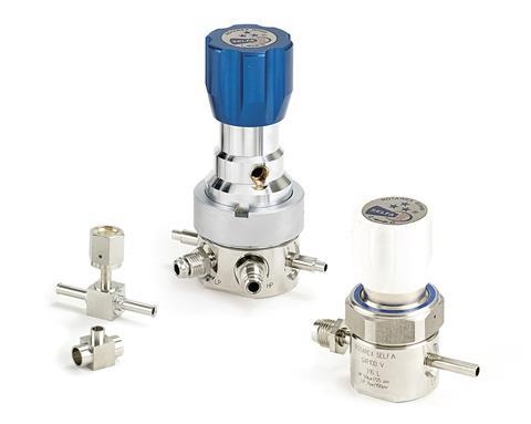 Ultra-high purity gas cylinder valves